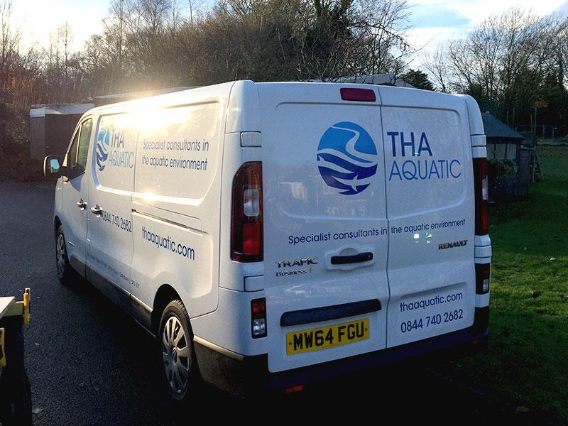 deon-design-tha-aquatic-van-signage-livery