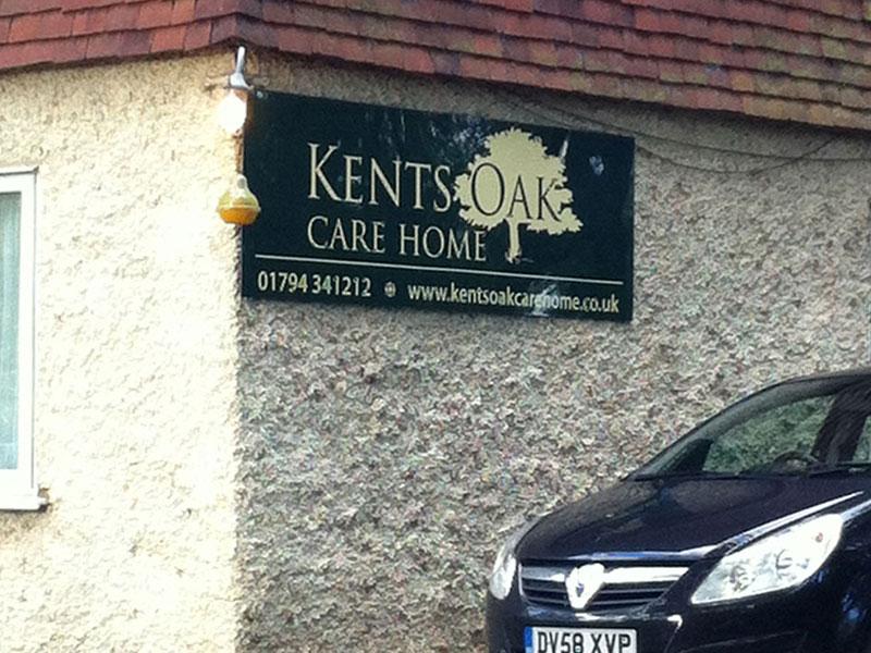 vinyl-sign-design-kents-oak